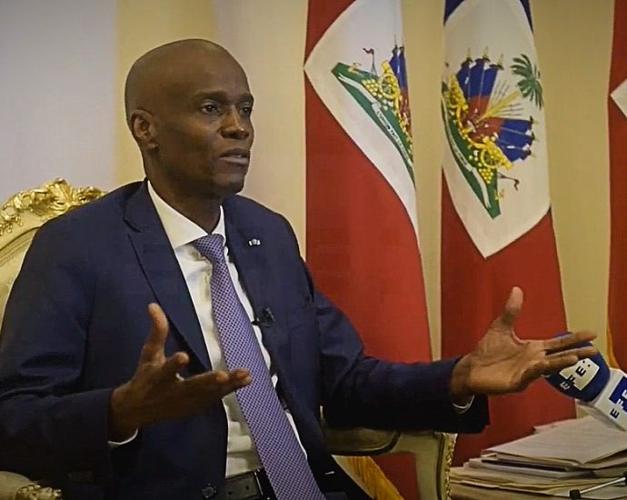 Collusion accusations grow between Haitian government and organised crime groups · Global Voices